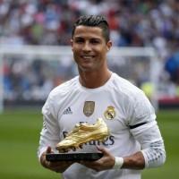 Одежда и аксессуары с Cristiano Ronaldo >