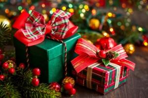 Подборка одежды и аксессуаров на Новый год