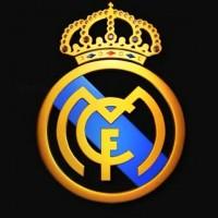 Подборка одежды и аксессуаров с символикой Real Madrid>
