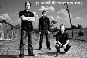 Подборка одежды и аксессуаров с символикой Thousand Foot Krutch