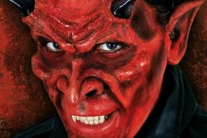 Обзор одежды и аксессуаров для образа дьявола