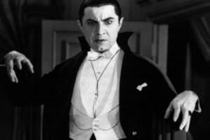 Подборка одежды и аксессуаров с символикой Дракула