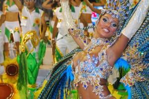 Обзор одежды и аксессуаров с символикой Карнавал в Рио